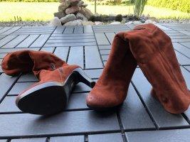 Rostrote Stiefel von YKX & Co 36