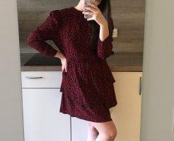 rot-schwarzes Kleid mit 3/4 Ärmeln