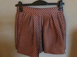 Armani Jupes-culottes rouge carmin