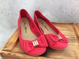 rote Ballerinas