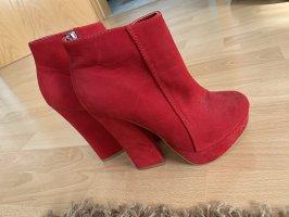 Rote Heels