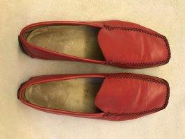 Lavoratione Artegiana Moccasins red