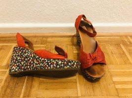 Rote Peeptoes aus Leder von Paul Green