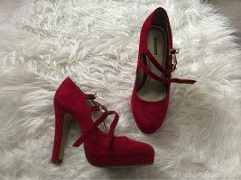 Rote pumps