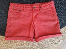 Rote Short, Esprit, S