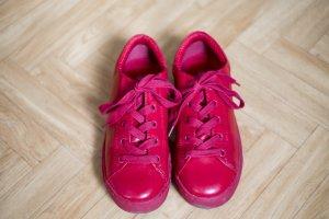 rote Sneakers von Monki Größe 36