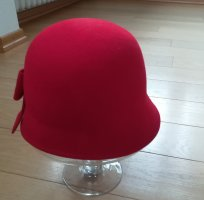 Seeberger Chapeau cloche rouge