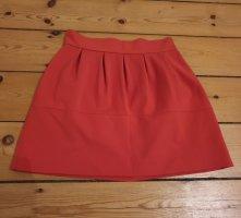 roter Minirock von Zara mit schmaler Taille