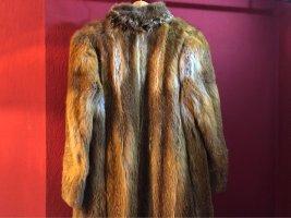 Abrigo de piel marrón-color bronce