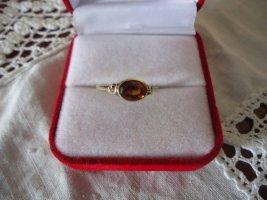 Gold Ring carmine