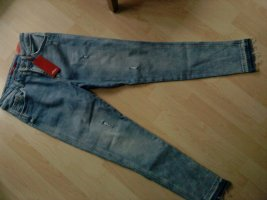 s.Oliver Shabby Jeans hellblaue Waschung in 36