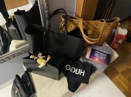 Saint Laurent Shopper black