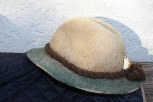 Chapeau en feutre multicolore laine