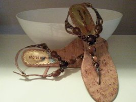 Sandalias con talón descubierto beige Cuero