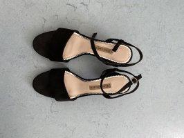 Sandale mit runden Absatz