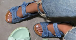 Wygodne sandały niebieski