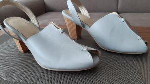 Sandalen beige  NEU