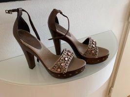 Sandalo alto con plateau marrone-grigio-marrone scuro