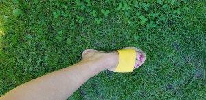 Sandalen, Schlappen, Slipper, Slidder 39 gelb