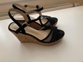 Sandalen schwarz mit Keilabsatz