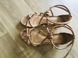 Sandalen von Schutz