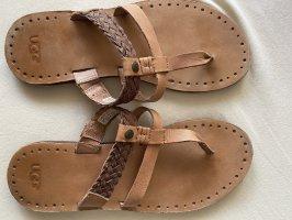 Sandalen von UGG