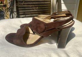 Sandalenpumps aus braunen Wildleder von Minelli