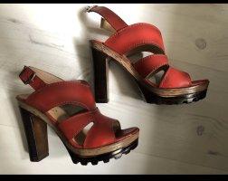 Sandalias de tacón alto rojo oscuro-burdeos