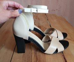 Sandalette/Sandale von Versace 38