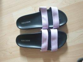 Sandale d'extérieur noir-violet