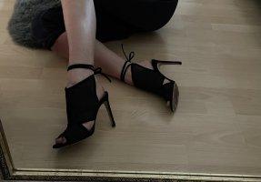 Sandaletten Boss mit Cutouts
