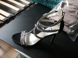 BC Sandalo con tacco alto e lacci a T nero