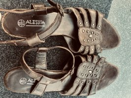 Alessia Strapped Sandals black brown