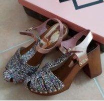 Sandaletten von Gamloong