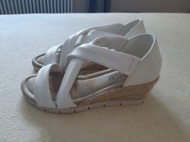CityLine Platform High-Heeled Sandal white