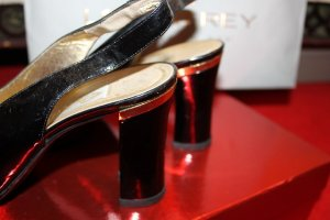 Slingback Pumps black-gold-colored leather