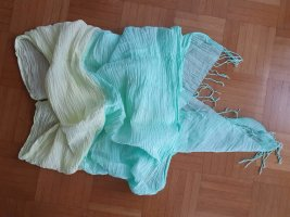 Schal in Crinkle-Optik