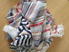 Schal/Tuch bunt gemustert