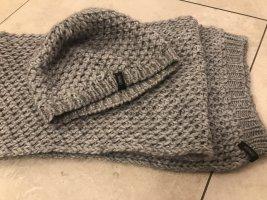 Cinque Écharpe en tricot gris clair-gris
