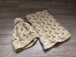Schal und Mütze von Gina Benotti