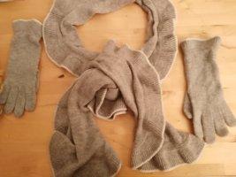 Tchibo / TCM Knitted Scarf white-light grey