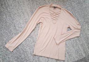 Schicke Bluse mit Dekolte