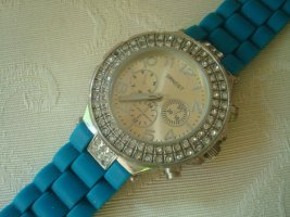 schicke Damenarmbanduhr der Marke Ernest