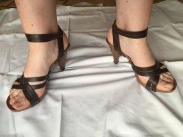 3suisses Sandały na obcasie z rzemykami brązowy Skóra