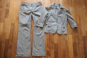 Schicker Anzug von Esprit Collection mit 3/4 Ärmeln