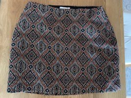 H&M Falda de talle alto marrón grisáceo-bermejo