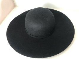 Chapeau à larges bords noir