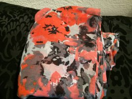 Schlauch Schal mit Blümchen