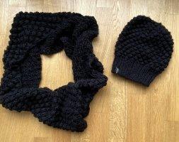 Hallhuber Knitted Hat black