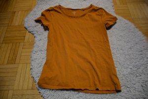 Schlichtes braunes T-Shirt